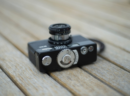 Top of the Rollei B35 camera with the meter, shutter release & counter.