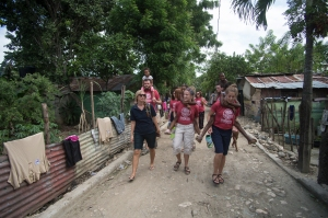 After a full action packed morning at Makarios with the children, we went to Pancho Mateo where many of the children at Makarios live.  We took a walk around the village.